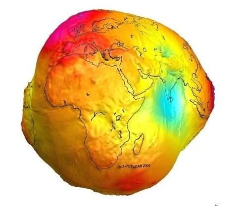 重力图误认素颜照 地球被丑化专家辟谣