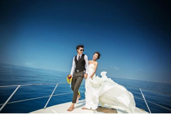 厦门拍蜜月婚纱照的时候如何选择一家口碑好的摄影