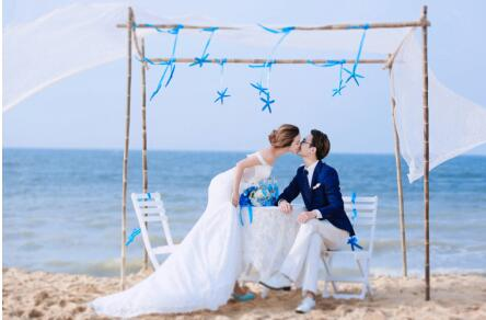 三亚婚纱摄影前十名工作室,细分海南拍婚纱照团购好坏